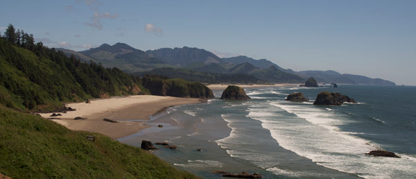 https://vintagetourbus.com/wp-content/uploads/2016/01/Oregon-Coast-Ecola-1-1-600x258.jpg
