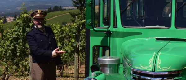 https://vintagetourbus.com/wp-content/uploads/2016/02/Roots-Winery-Bus-and-me-1-1-600x258.jpg